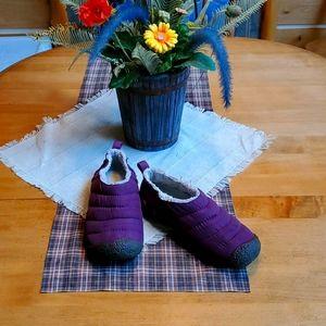 Keen Cush Slide on sz 7 Shoes